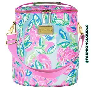 🎀 Lilly Pulitzer beach cooler Totally Blossom 🎀